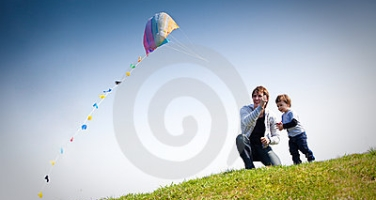 E flying-kite-14334006